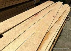Wood make an excellent material for Planters